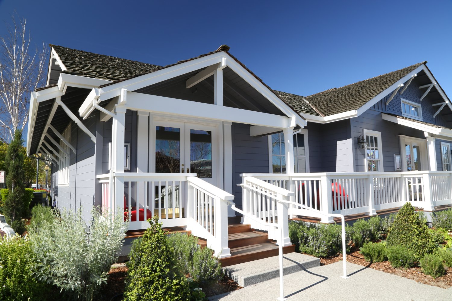 Salon style cottage gallery of country style homes chalet for Salon cottage