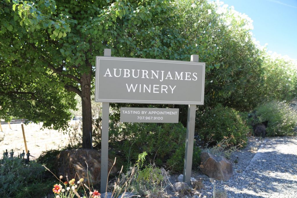 Auburn-James-Winery-Sign