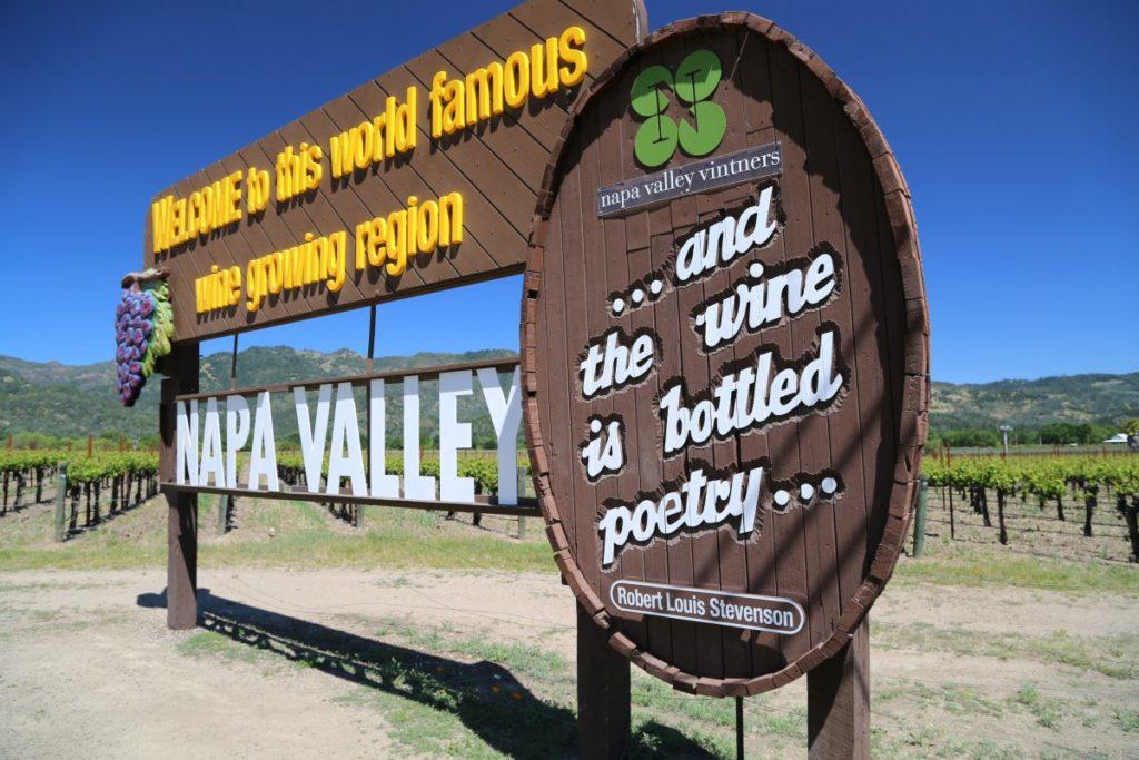 Napa-Valley-Sign (3)